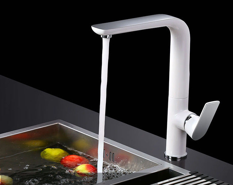 White Copper Rotate Cold Hot Electroplate Pull Out Sink Faucet
